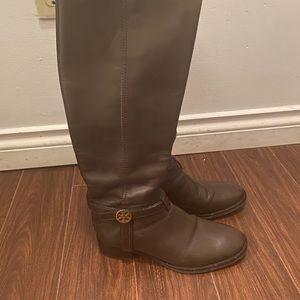 Bootd